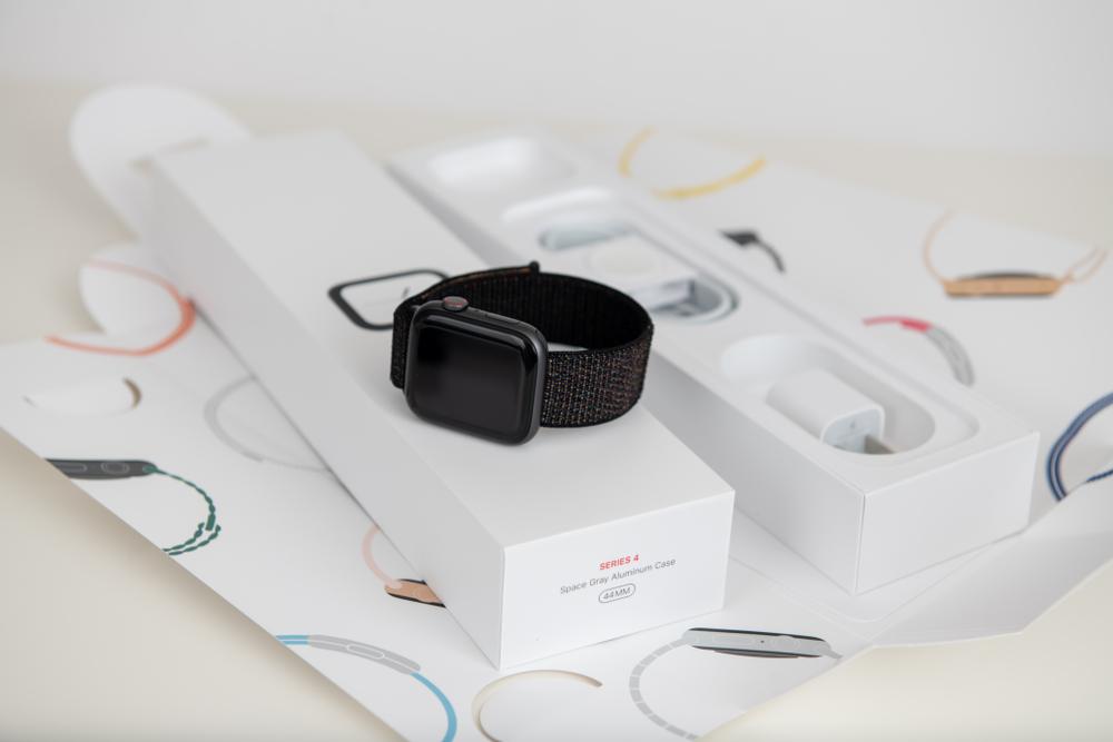 Appleは商品パッケージや店舗の内装まで細かく設計されている